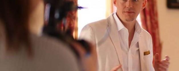 Machst du schon 30 Tage Challenges? ⠀ Hier mein Fazit von der 30 Tage Video Challenge! Ich fands super cool, dass ihr alle so toll mitgemacht habt @lydi@baumannlydia @dominiquealive  @feines_fuer_frauen @marc_hensel @konsum_like_a_boss @lektorinastahemmerlein  Während der Challenge habe ich mich ja oft darüber beschwert, dass es nicht ganz einfach war soviele YouTube Videos zu produzieren in kurzer Zeit